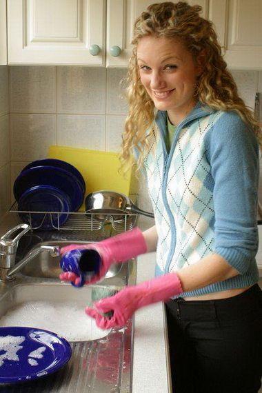 Чем можно безопасно мыть посуду без химии?