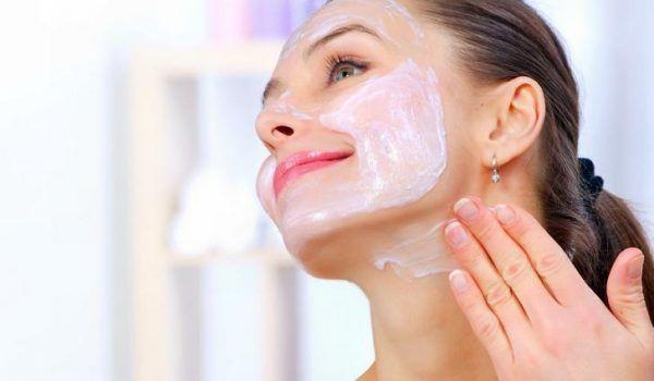 Что нужно делать если сильно шелушится кожа