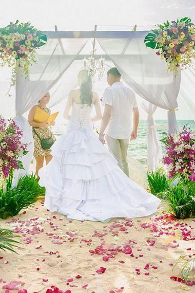 Где сыграть свадьбу за границей?