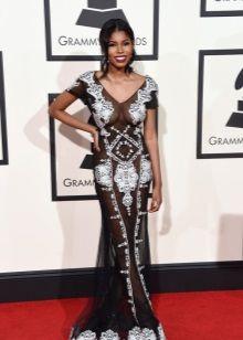 Грэмми--2016 откровенное платье
