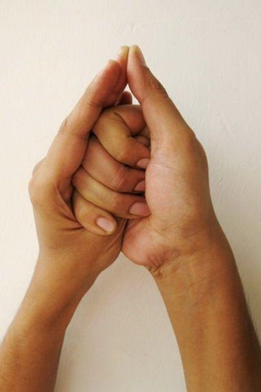 Йога пальцев: исцеляющие мудры для сердца и сосудов