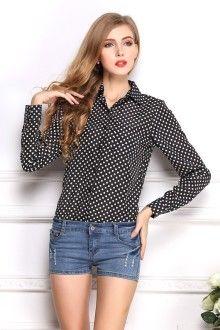 блузка в горошек с шортами