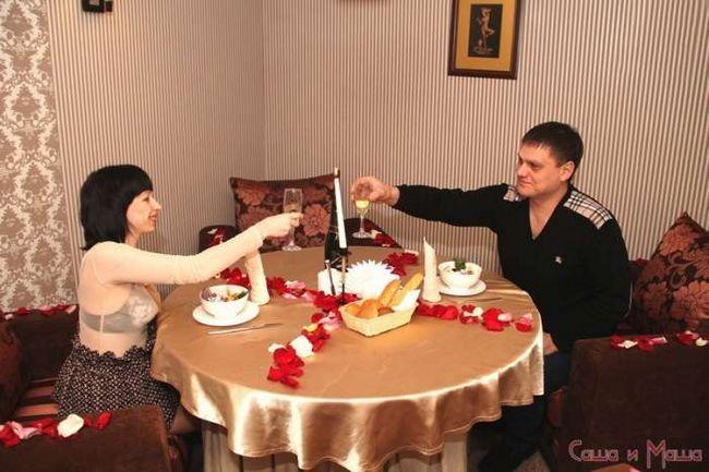 романтический ужин супругов