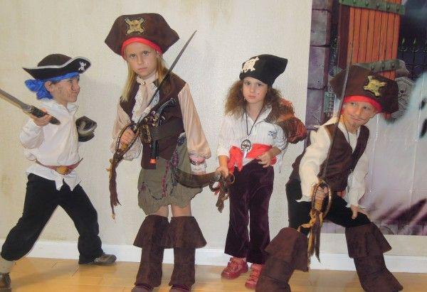 костюм на пиратскую вечеринку