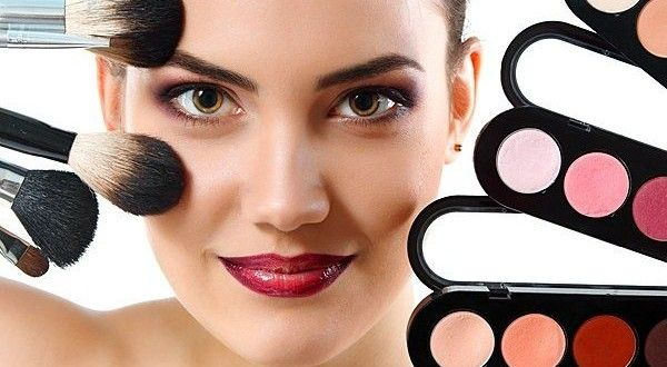 Как правильно делать себе макияж