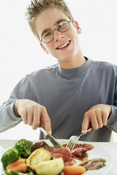 Как правильно выбрать диету для подростка