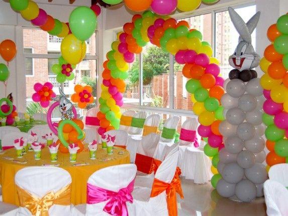 Как украсить комнату на день рождения своими руками шарами