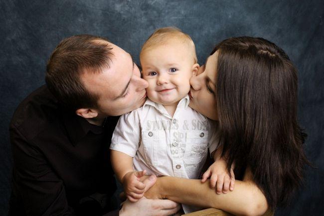Как усыновить младенца