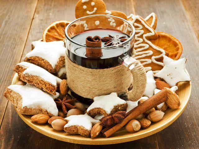 глинтвейн с печеньем