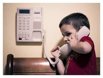 ребенок звонит