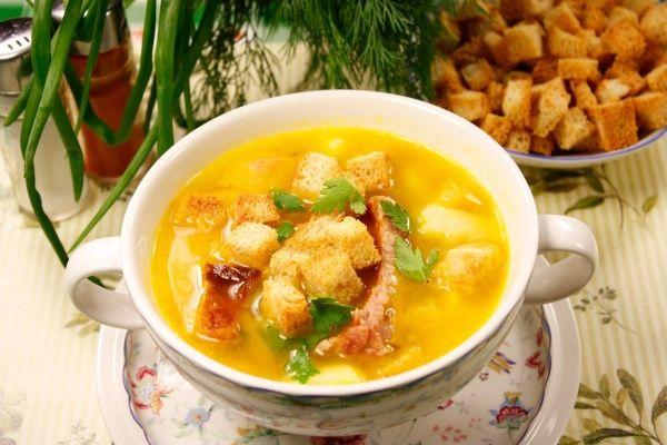 Куриный суп с сыром в мультиварке
