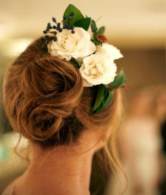 Свадебные прически 2016