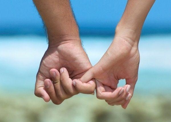 переплетенные руки