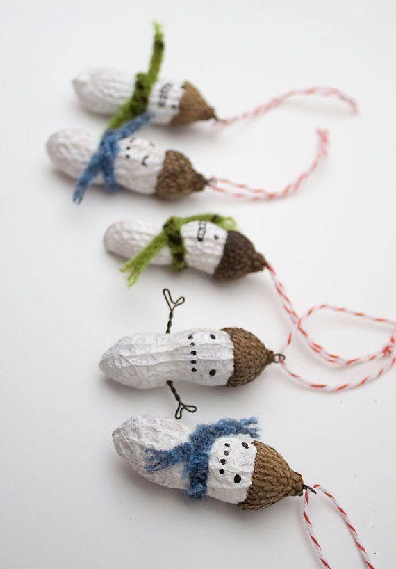 снеговики из арахиса
