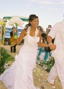 свадебное платье для церомонии на Гаваях