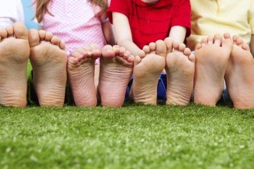 Плоскостопие у детей: симптомы и лечение