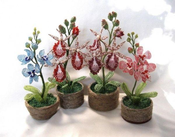Подробная инструкция по плетению орхидеи бисером