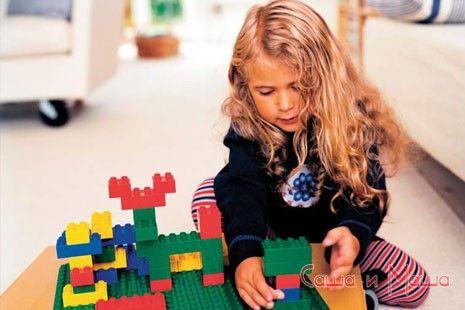 Развивающие игрушки — конструкторы для детей