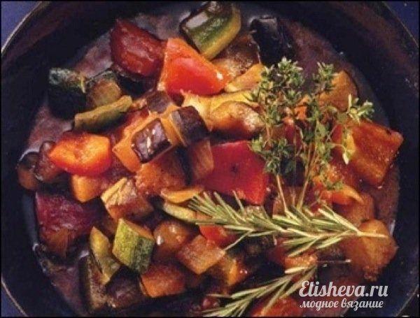 Рецепт соте из баклажанов с морковью и перцем
