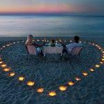 Романтика в окружении свечей