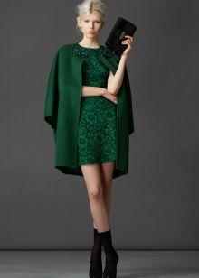 Аксессуары к кружевному зеленому платью