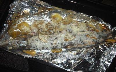 Щука запеченная в духовке с картофелем