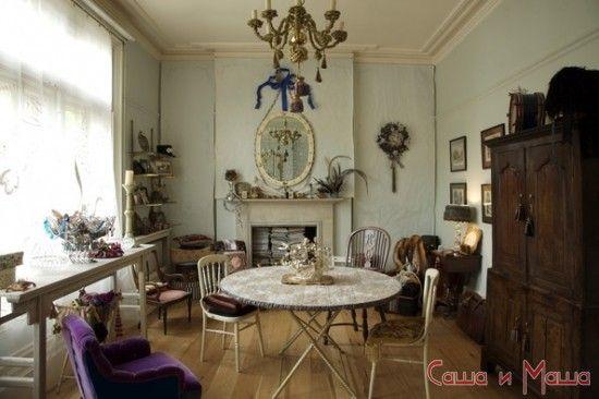 Стиль кантри в интерьере дома в гостиной