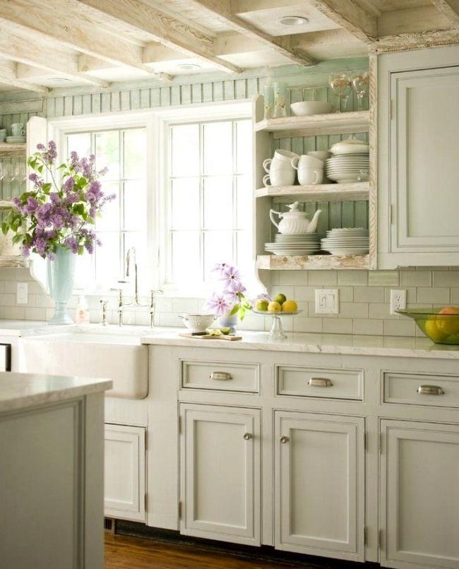 Милый кухонный интерьер