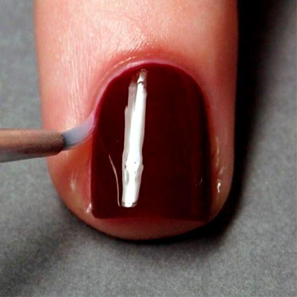 Убираем следы лака для ногтей