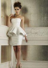 Свадебное пляжное платье с баской