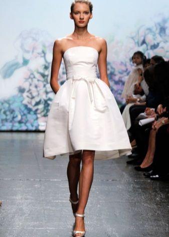 Свадебное платье колокол