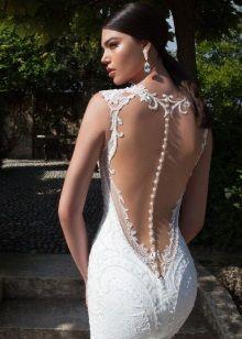 Свадебное платье пляжное с глубоким V-образным вырезом