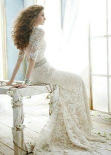 Свадебное платье с кружевными руками