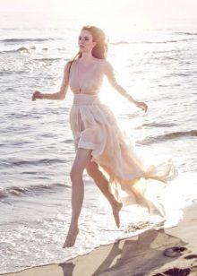 Свадебное платье ассиметричное