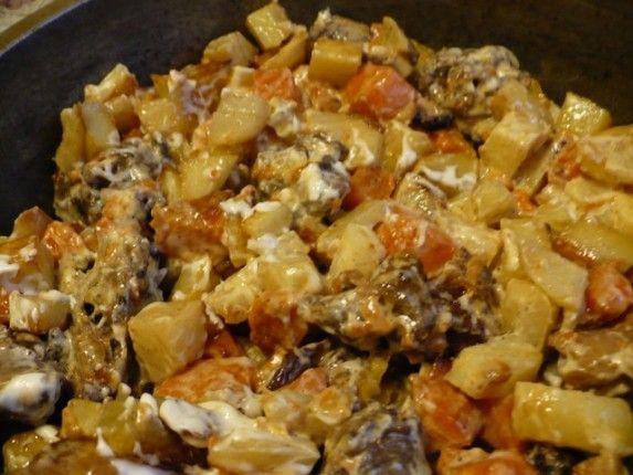 Свинина запеченная с картошкой и тыквой