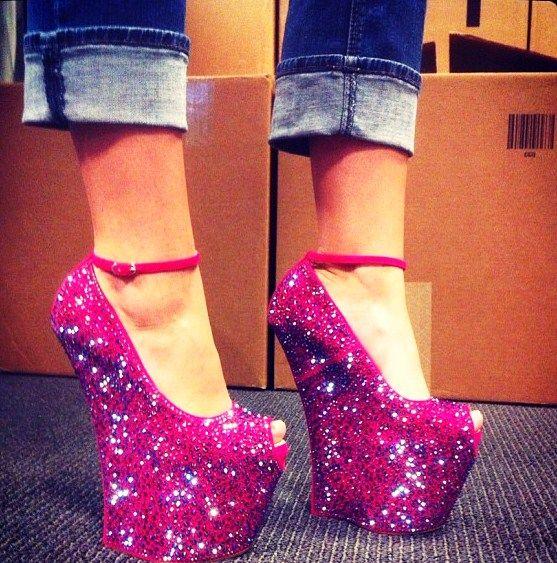 Туфли на платформе высоком каблуке