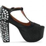 Металлические элементы на обуви
