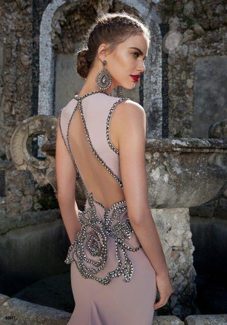 Вечернее платье с открытой спиной Тарик Эдиз