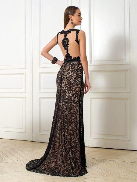 Ажурная открытая спина в вечернем платье