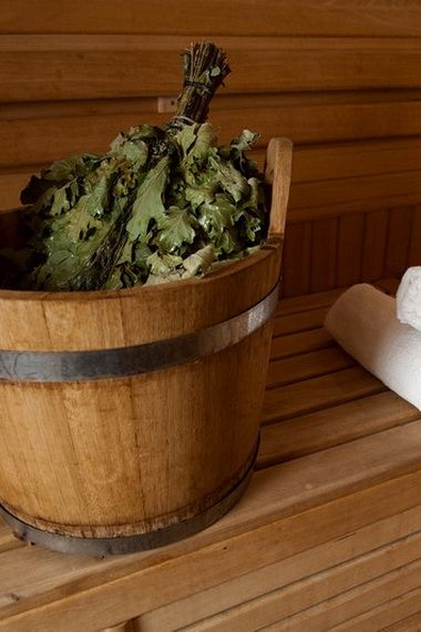 Веники для бани: как заготавливают, запаривают и сушат