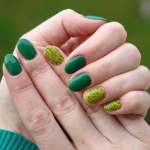 Зеленый маникюр: выбираем лак для ногтей под зеленое платье